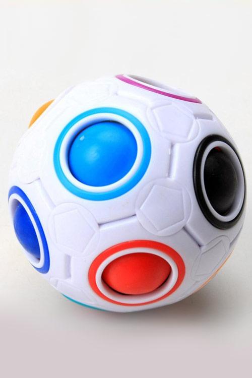 MAGIC BALL – כדור חשיבה מאתגר