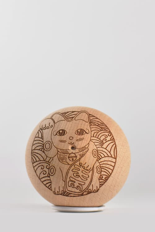 REG Series – קנדמה עץ – LUCKY CAT